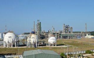 Đầu tư - Lọc hoá dầu Bình Sơn: Tín hiệu buồn trước ngày lên sàn