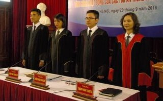 Tiêu dùng & Dư luận - Chánh án, Thẩm phán tòa án hưởng lương bao nhiêu?