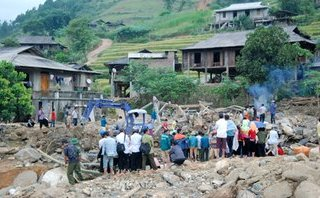 Xã hội - Tìm thấy thi thể thành viên thứ 4 trong gia đình 5 người bị lũ cuốn ở Yên Bái