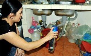 Sức khỏe - Dịch sốt xuất huyết, lạm dụng thuốc chống muỗi sẽ rước độc vào người