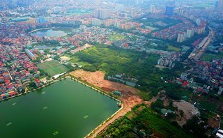 Xã hội - Đường 2km 'ngốn' 1.300 tỷ đồng ở Thủ đô làm 15 năm chưa xong