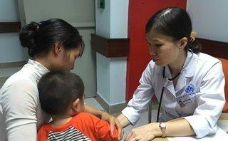 Các bệnh - Nỗi đau những bà mẹ có con mắc bệnh ăn vào hôn mê, nguy kịch