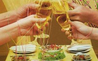 Tư vấn - Bộ Y tế khuyến cáo cách phòng tránh không ngộ độc rượu ngày Tết