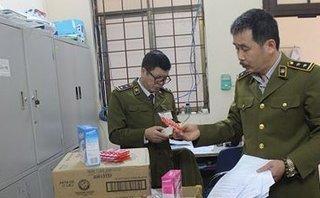 An ninh - Hình sự - Vụ Pediasure cho trẻ nghi bị làm giả: Bán công khai ở chợ thuốc