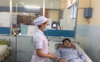 Các bệnh - Cứu sống nam thanh niên bị sốt xuất huyết, ói ra máu nguy kịch