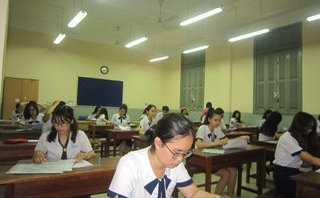Giáo dục - Công khai bảng hệ thống trường, lớp tuyển sinh trung học