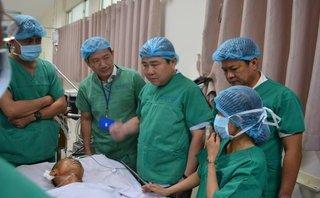 """Tin nhanh - """"Hiệp sĩ"""" Trần Văn Hoàng bất ngờ xin được xuất viện về nhà"""