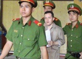 Pháp luật - Án tử cho thanh niên ngoại quốc giấu 56kg ma túy trong hàng hóa