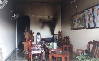 Tin nhanh - Gia Lai: Cháy nhà lúc sáng sớm, ba mẹ con bị bỏng nặng