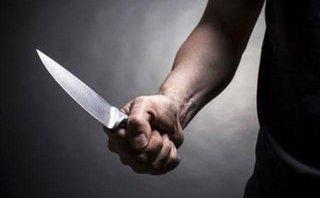 An ninh - Hình sự - Tạm giữ đối tượng dùng dao chém bạn trong lúc cãi vã