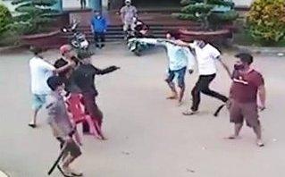 An ninh - Hình sự - Truy bắt nhóm côn đồ chém người tử vong trước cổng bệnh viện