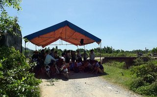Môi trường - Thanh Hoá: Dân lập lán phản đối bãi rác bị 'phình to' gây ô nhiễm nghiêm trọng