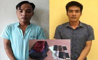 Pháp luật - Bắt giữ 2 tên cướp táo tợn giật túi du khách ở biển Sầm Sơn