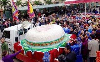 Xã hội - Chủ tịch tỉnh Thanh Hóa bác bỏ đề xuất làm bánh dày 'khủng' cung tiến lễ Giổ tổ Hùng Vương