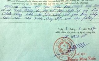 Chính trị - Xã hội - Hà Nội: Kỷ luật khiển trách cán bộ 'bút phê'  lý lịch tân sinh viên