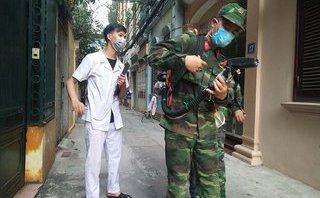 Chính trị - Xã hội - Sốt xuất huyết tại Hà Nội: 10% hộ dân không hợp tác phun thuốc