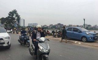 Tin nhanh - Hà Nội: Phát hiện thi thể nam giới nổi trên hồ Định Công