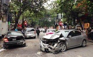 An ninh - Hình sự - Hà Nội: Tạm giữ tài xế gây nạn liên hoàn khiến nhiều người bị thương