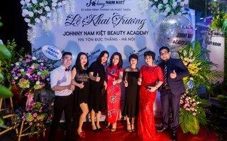 Truyền thông - Tưng bừng khai trương Học viện Đào tạo Thẩm mỹ Johnny Nam Kiệt