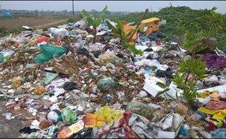 Điểm nóng - Tái diễn tình trạng vứt rác thải bừa bãi ven đường Quốc lộ 5