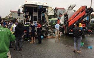 Góc nhìn luật gia - Tranh cãi pháp lý quanh vụ xe khách 'đấu đầu' xe cứu hỏa