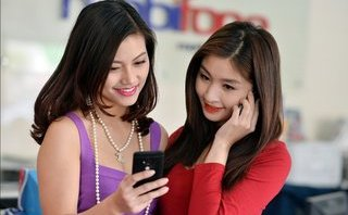 Công nghệ - MobiFone mở bán Galaxy Note 8 chỉ 7,49 triệu đồng kèm gói cước ưu đãi