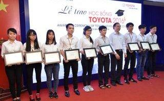 Xe++ - Toyota trao 115 suất học bổng cho sinh viên xuất sắc trong nước