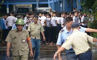 Tin nhanh - Cháy trường, hàng trăm học sinh di tản