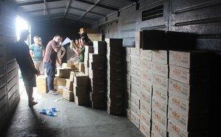 Pháp luật - Bình Dương: Bắt hơn 18.000 sản phẩm Trung Quốc nghi nhập lậu