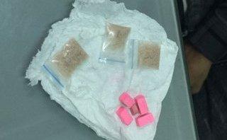 An ninh - Hình sự - Bắt đối tượng tàng trữ ma túy, thuốc lắc