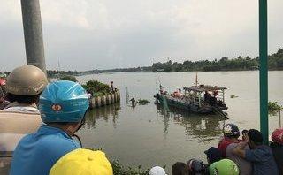 Tin nhanh - Truy tìm danh tính thi thể nam giới được phát hiện trên sông Sài Gòn