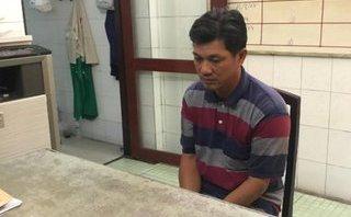 Pháp luật - Tạm giữ tài xế GrabBike 'nổ' đưa người cai nghiện ra trại để lừa tiền
