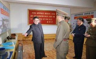 Thế giới - Bức ảnh tiết lộ loại tên lửa chưa từng thấy của Triều Tiên