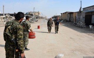 """Quân sự - Nga """"vạch mặt"""" chiến lược chia cắt Syria của Mỹ"""