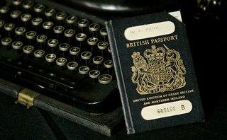 Tiêu điểm - Anh sử dụng lại hộ chiếu màu xanh hậu Brexit: Nước Anh chia làm hai nửa