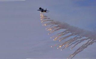 Quân sự - Syria: Liên quân Mỹ khởi động đợt không kích dữ dội nhằm vào SAA ở Deir Ezzor