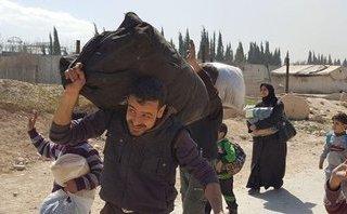 Quân sự - Hơn 5.300 tay súng phiến quân và người thân rút khỏi Đông Ghouta