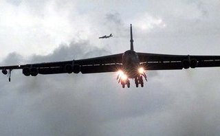 Tiêu điểm - Máy bay B-52 Mỹ bất ngờ đổi hướng khi Triều Tiên dọa hủy cuộc gặp Mỹ-Triều