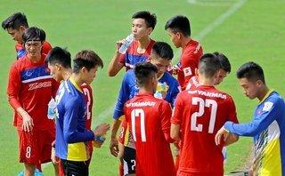 Thể thao - U22 Việt Nam: HLV Hữu Thắng và nỗi lo từ hàng phòng ngự