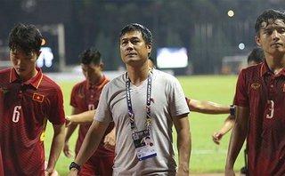 Thể thao - HLV Hữu Thắng phải chịu trách nhiệm dù giữ Tuấn Tài trên sân là hợp lý