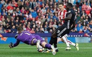 Thể thao - Mourinho nói gì sau trận hòa như thua trước Stoke?
