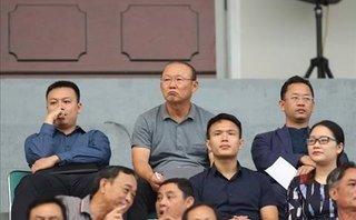 Bóng đá Việt Nam - Thấy gì qua bản danh sách chính thức của HLV Park Hang-seo?