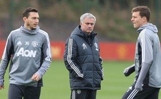 Bóng đá Quốc tế - Mourinho trông chờ vào bệnh binh sau trận thua trước Chelsea