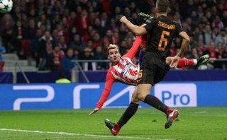 Griezmann níu kéo hi vọng cho Atletico, Chelsea nhẹ nhàng đi tiếp
