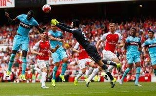 Bóng đá Quốc tế - Liverpool và Arsenal rủ nhau bật bãi khỏi Top 4