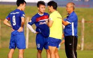 Bóng đá Việt Nam - HLV Park Hang-seo triệu tập 'bệnh binh', khắt khe với truyền thông