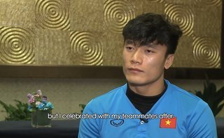 Bóng đá Việt Nam - Clip: Thủ môn Bùi Tiến Dũng trả lời phỏng vấn trên AFC