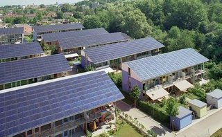 Đầu tư - Việt Nam nên khuyến khích người dân lắp pin mặt trời