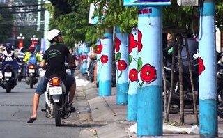 Đa chiều - Cột điện 'nở hoa' tại TP. HCM: Thành phố hay nhà trẻ?