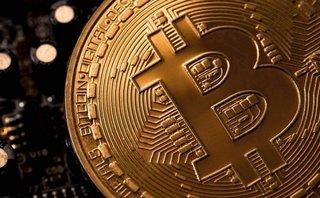 Tài chính - Ngân hàng - Bitcoin tăng giá 700%, lần đầu vượt ngưỡng 8.000 USD
